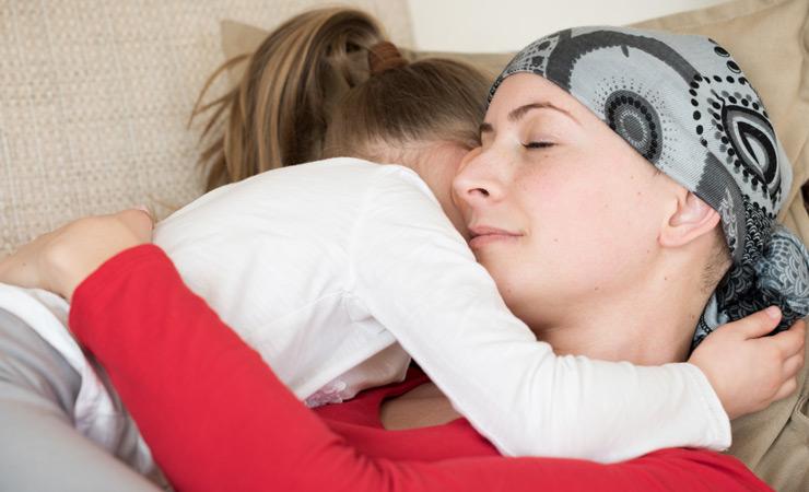 Hausfrau und Mutter, 32 J, Tochter 8 J, Gebärmutterhalskrebs, nur ein Wunder kann noch helfen