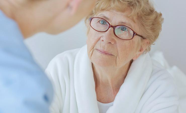 Monika, 71 J, Laborantin in Rente, mit 57 J. letzte Vorsorge, jetzt Gebärmutterhalskrebs.